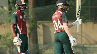 Photo of Riding on Easwaran's magnificent innings, Mohun Bagan clinches their 33rd CAB 1st Divison One Day Title