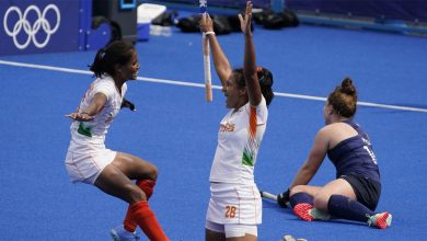 Photo of India beat South Africa 4-3 to keep quarterfinal hopes alive