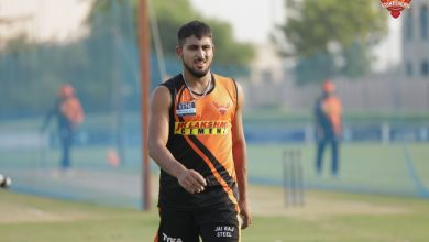 Photo of 21-year-old J&K pacer joins Sunrisers Hyderabad as short-term Covid-19 replacement for Natarajan
