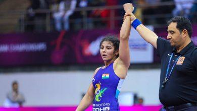 Photo of Anshu settles for silver, Sarita takes bronze at Wrestling World Championships